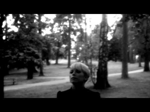 Tekst piosenki September - Händerna Mot Himlen po polsku