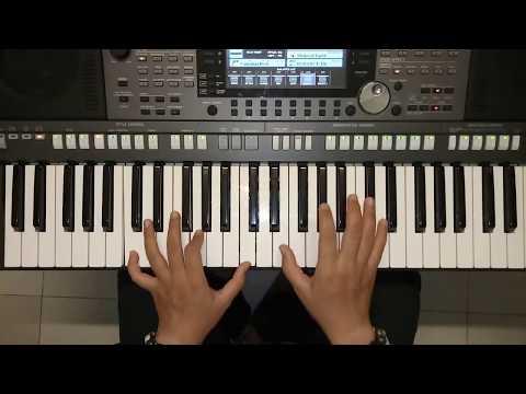 em-gai-mua-huong-dan-doc-tau-va-dem-piano