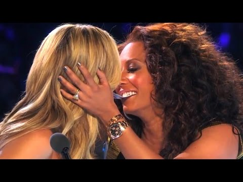 gets - Americas Got Talent Finals Magician gets Heidi & MelB to almost KISS! Can we get 1500 THUMBS UP? SUBSCRIBE FOR MORE VIDEOS: http://bit.ly/1k8z6Ru CLICK TO SHARE: Tweet: http://bit.ly/1s7rvIX...