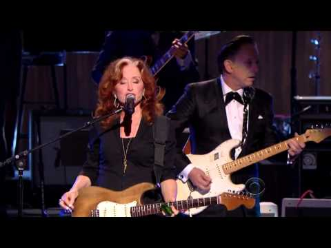 "Bonnie Raitt, Tracy Chapman, Jeff Beck And Beth Hart - ""sweet Home Chicago""  (2012)"