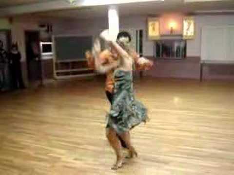 Кубинская сальса веселый танец