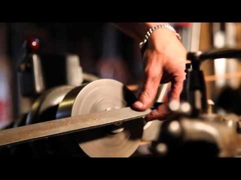 Destroy All Guitars - Prisma Corvina