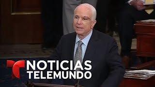 Video oficial de Noticias Telemundo. El senador que ha sido operado de un tumor cerebral recibió una cerrada ovación de todos...
