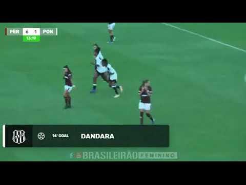 Gols e lances da atacante Dandara