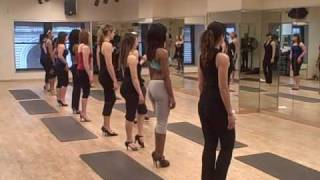 Video HOW TO WALK IN HIGH HEELS...with Catwalk Confidence MP3, 3GP, MP4, WEBM, AVI, FLV Juni 2018