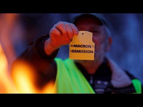 Γαλλία: Τι ζητούν τα «Κίτρινα Γιλέκα»