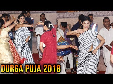 Akshay Kumar's Gold Heroine Mouni Roy Dances At Du