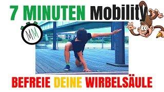 JETZT mit dem kostenlosen Mobility Kurs starten:🐵 ➡️ http://bit.ly/MobilityBasics 🏋🏽♀️🤸🏽♂️🎯Danke an meine Unterstützer 🙏🏽💪🏽 Supplements von AnovonA:🌱 VEGAN http://amzn.to/2ro7XUS🥕 AMINOS http://amzn.to/2sm7GiJ🌐  INFOS https://www.anovona.de/en/aminova.html  http://amzn.to/2sm2TO3-🎥 🐒 ABONNIEREN kannst Du hier: goo.gl/VKLWEQ✅ SCHREIB mir: info@leonvictor.de-Mehr MOVING MONKEY:⚪️ Webseite: http://leonvictor.de/🔷 Facebook: https://facebook.com/movingmonkey/🔴 Instagram: https://instagram.com/moving.monkey/🔶 PODCAST: http://bit.ly/Listen2PodcastEmpfehlungen:👞 😎 Vivobarefoot: http://amzn.to/2byoGLa🏋🏽♀️ 👌🏽 Faszienrolle: http://amzn.to/2aP6wWm📖 🤓 Mein Buch: http://amzn.to/1sxFeu7 🎼  Instrumental produced by Chuki:https://www.youtube.com/user/CHUKImusic