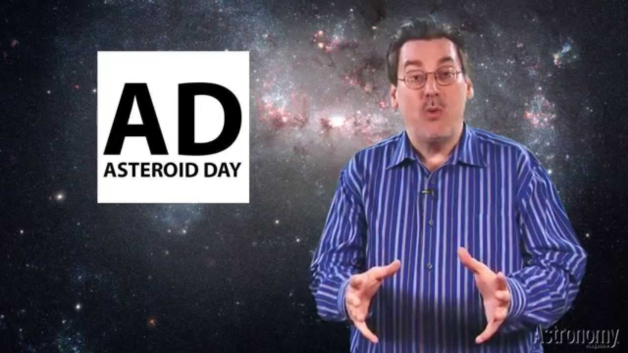 Dave Eicher signs the Asteroid Day 100x Declaration
