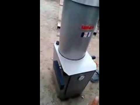 EMBUTIDORA - Ventas: (614)4180418 elgranbazar.mx@gmail.com La máquina esta como nueva, funcionando al 100%. Contáctenos para más información, estamos en la Cd. de Chihuah...