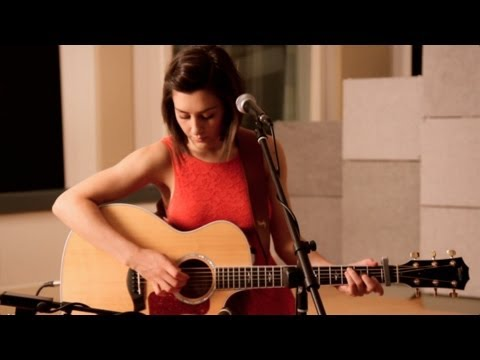 Video Cher - Believe (Hannah Trigwell acoustic cover) download in MP3, 3GP, MP4, WEBM, AVI, FLV January 2017