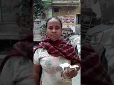 Video Angry Delhi woman: Blame modi for 500/1000 notes not working download in MP3, 3GP, MP4, WEBM, AVI, FLV January 2017