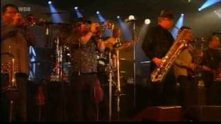 Video Tower of Power - We came to play / Souled out MP3, 3GP, MP4, WEBM, AVI, FLV Februari 2019