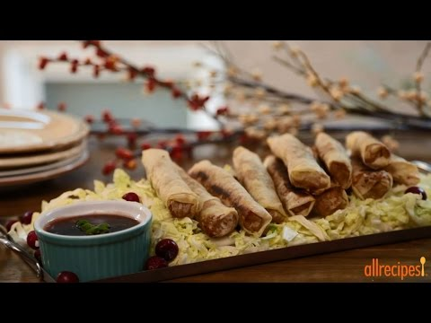 Turkey Recipes – How to Make Turkey Spring Rolls with Cranberry Dipping Sauce