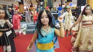 Video india with dancer cilik scarlet MP3, 3GP, MP4, WEBM, AVI, FLV November 2017