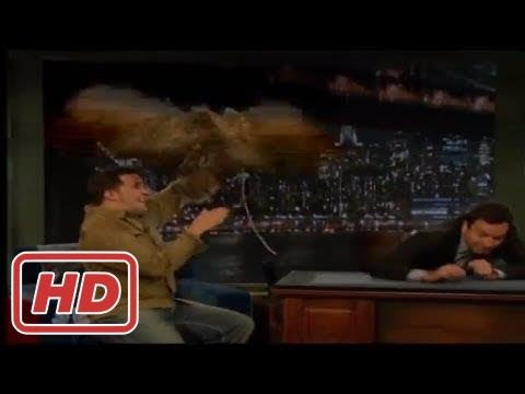 [Talk Shows]a Giant Owl Attackes Jimmy Fallon and Jeff Musial - Screams like a litlle girl
