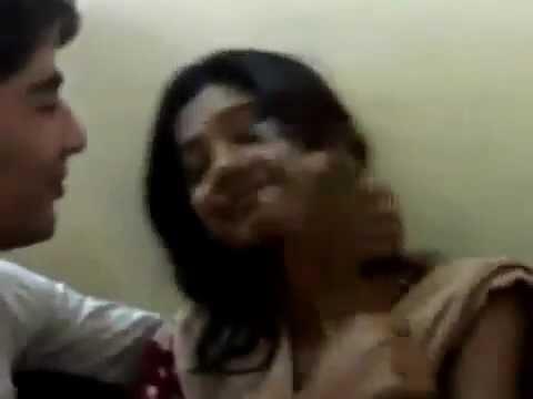 Video Mumbai College Girl mmS Scandal 2013 download in MP3, 3GP, MP4, WEBM, AVI, FLV January 2017