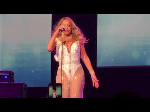 Mariah Carey live Don't forget about us in Hawaii