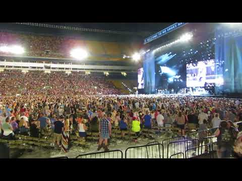 "Kenny Chesney - ""Get Along"" - Pittsburgh 6-2-2018"