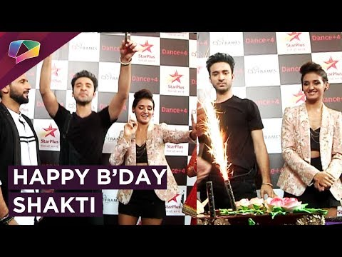 Shakti Mohan Celebrates Her Birthday On The Sets O