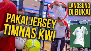 Download Video PAKE JERSEY TIMNAS KW KE STORE ORI !! MP3 3GP MP4