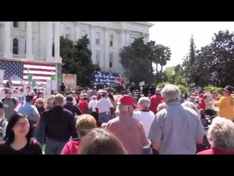 Sacramento Tea Party  April 15 2010
