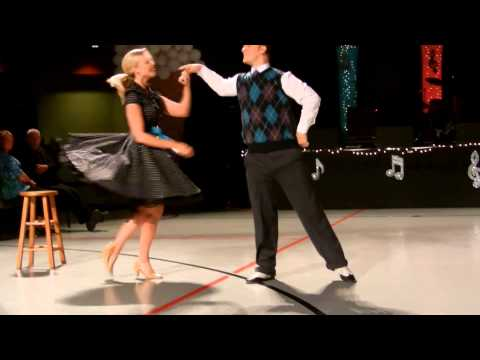 2013 04 Hospitality House Kimberly Hulsey and Jay Rhea Widescreen
