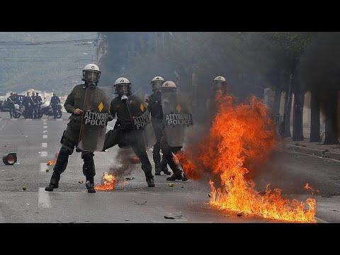 Επεισόδια στο μαθητικό συλλαλητήριο στο κέντρο της Αθήνας…