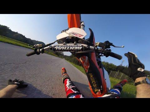 KTM 250 SXF wheelie brutal crash