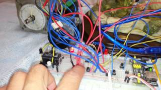 Cut label by use stapper motor feed and motor cut. เครื่องตัดชิ้นงานโดยใช้ Arduino 2560+keypad Shield หลักการทำงานคือ ให้Stapper motor