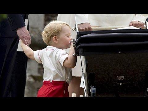 Μ. Βρετανία: Παλάτι εναντίον παπαράτσι για τον μικρό πρίγκιπα