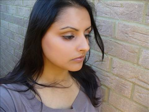 oxfordjasmine - http://oxfordjasmine.blogspot.com for a full review and swatches! Beauty Without Cruelty products used: Moisturising Make Up Satin in Bronze Satin 4 Undereye...