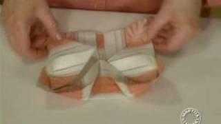 Napkin Folding | Thanksgiving Decorations | Martha Stewart - YouTube