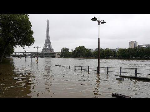 Γαλλία: Κλειστό το μουσείο του Λούβρου εξαιτίας του υπερχειλισμένου Σηκουάνα