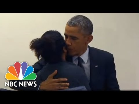 Dont - While casting an early vote in Chicago, President Obama met a couple at the polling place, and some teasing ensued. » Subscribe to NBC News: http://nbcnews.to/SubscribeToNBC » Watch more...
