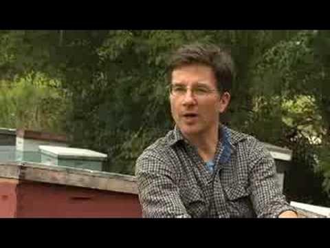 Ross Conrad discusses Natural Beekeeping