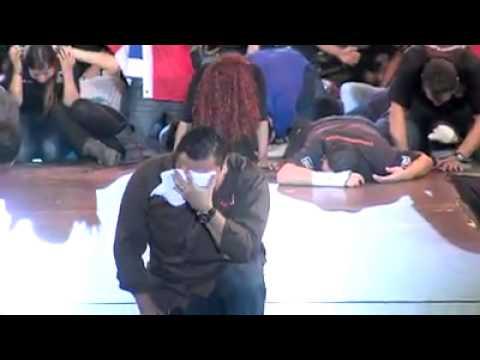 Maranatha valencia - Te presentamos este vídeo que recopila todo lo que vivimos en el 2014. Estamos seguros que veremos cosas mayores en el 2015 y los años venideros. Dios cumpli...