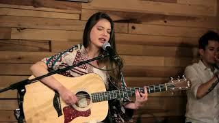 Voy a Ti - Live session Unplugged con Letra - Daniela Aedo