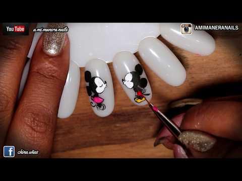Decorados de uñas - decorado de uñas MICKEY Y MINNIE
