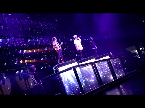 Video BIGBANG - TOUR REPORT '우리 사랑하지 말아요(LET'S NOT FALL IN LOVE)' IN CHENGDU download in MP3, 3GP, MP4, WEBM, AVI, FLV February 2017