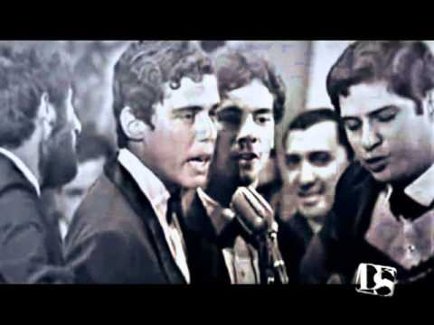 Chico Buarque e MPB4 - Roda Viva (Festival da Record 1967)