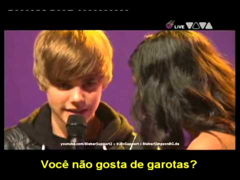 Justin Bieber Is Gay - http://www.nerdirado.com.br.