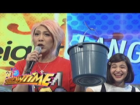 It's Showtime: Vice shows Anne's drinking glass