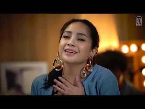 D'MASIV x Nagita Slavina - Cinta Ini Membunuhku (Live)