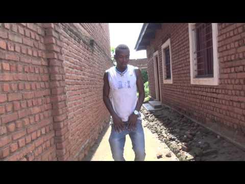 Pharrell Williams : Happy ( Congo RDC ) par les jeunes de la Maison De Jeunes Ruzizi Porte Ouverte