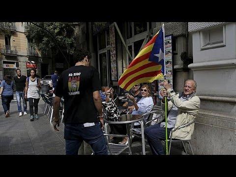 Καταλονία: Απόλυτη πλειοψηφία στους αυτονομιστές δείχνουν τα exit polls