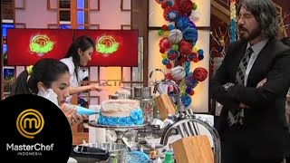 Video Cake yang bikin kontestan deg deg ser [MasterChef Indonesia Session 4] [22 Agustus 2015] MP3, 3GP, MP4, WEBM, AVI, FLV Mei 2019