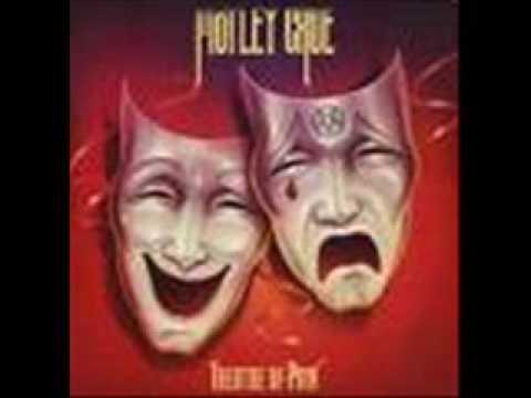 Tekst piosenki Motley Crue - Goin' Out Swingin' po polsku