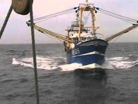 Fishing Vessel hits large Sailing Vessel in Good Visibility  20/8/2010_A valaha feltöltött legjobb vitorlázás videók