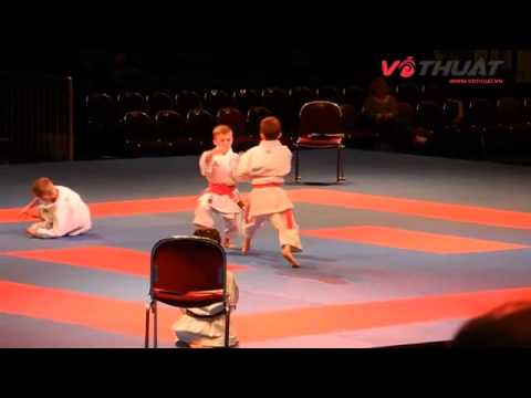 Màn trình diễn của 3 cậu bé vô địch giải Karate thế giới 2014 tại Bremen